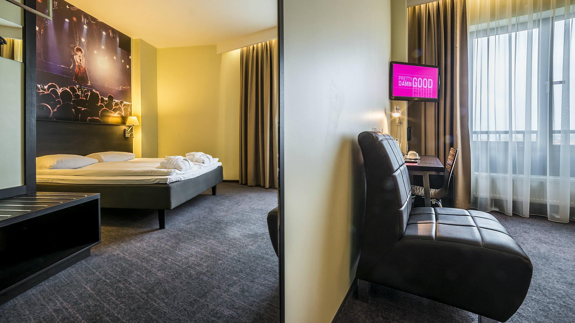 Фото отеля Comfort Hotel® LT № 3