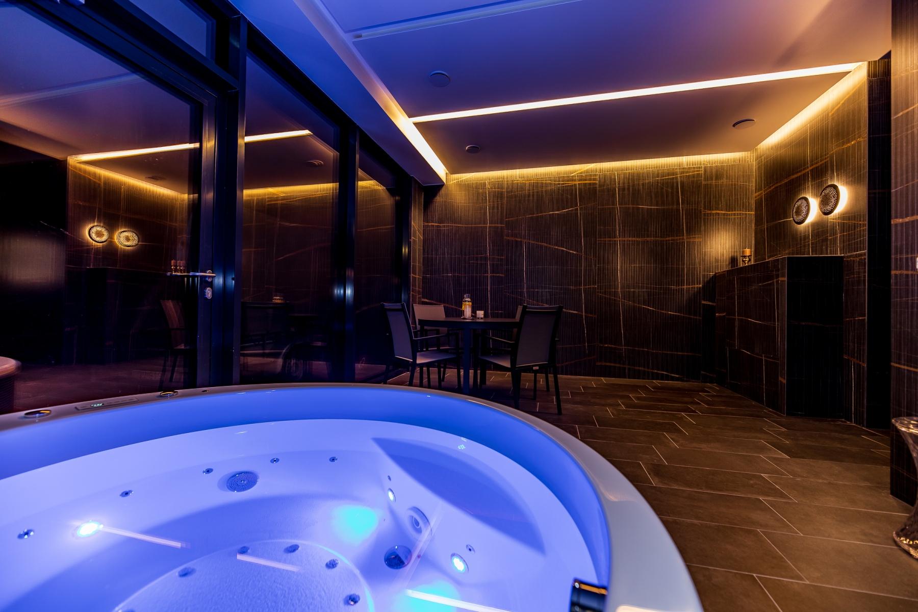 Фото отеля Amsterdam Plaza 5* № 1