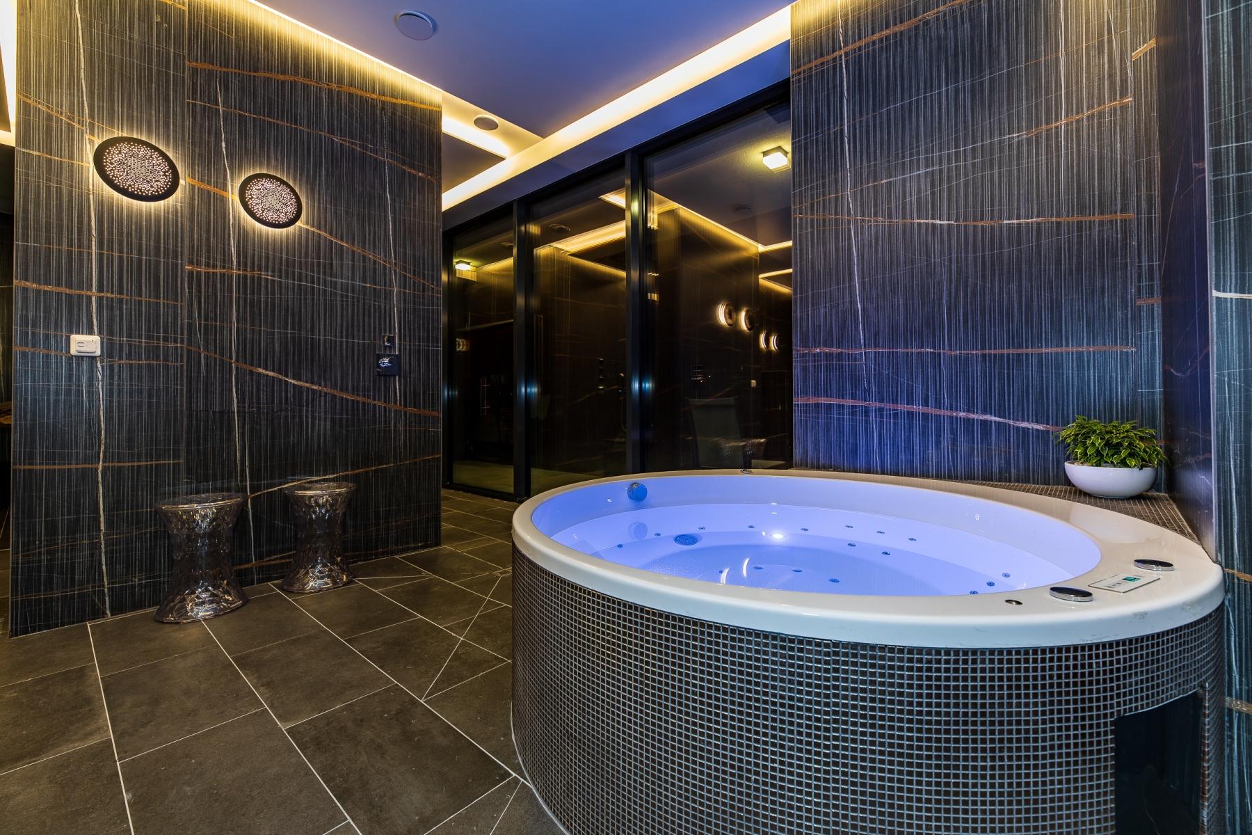 Фото отеля Amsterdam Plaza 5* № 2